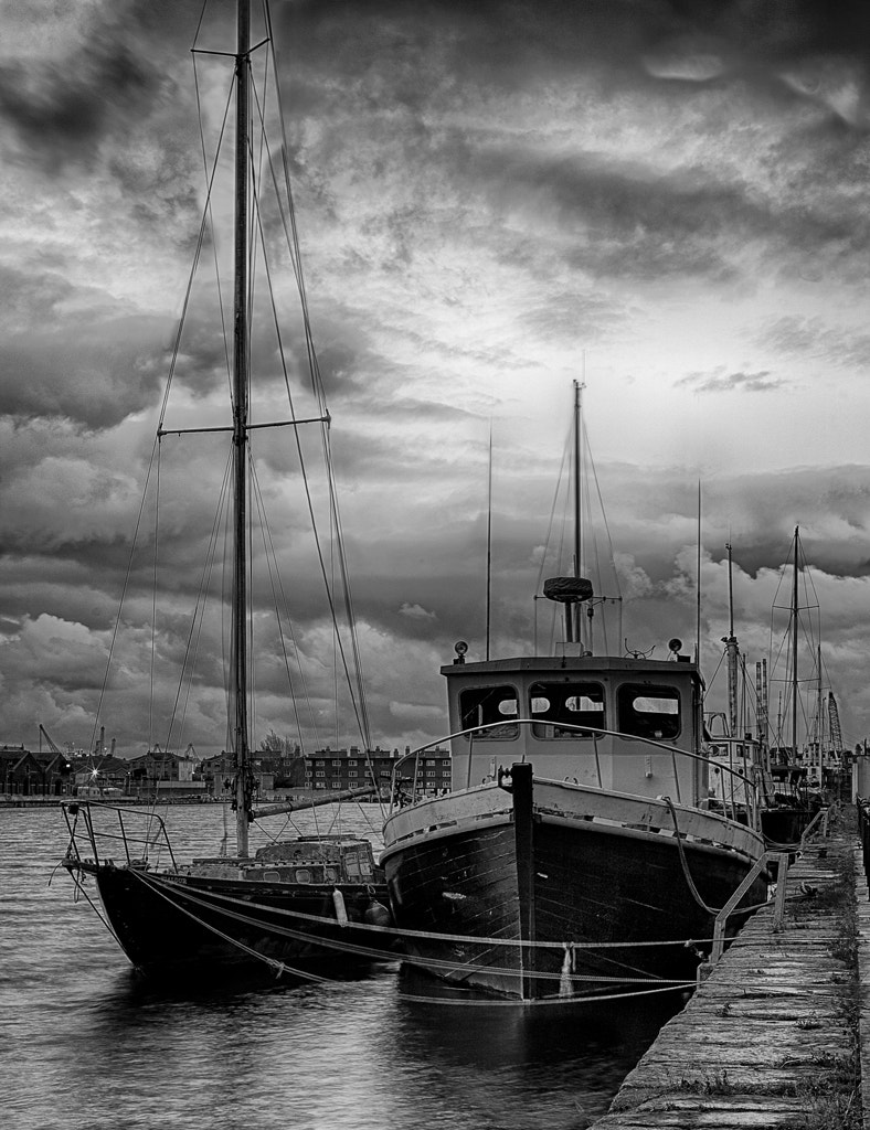 Photograph Boats in Charlotte Quay by Living Picture  on 500px