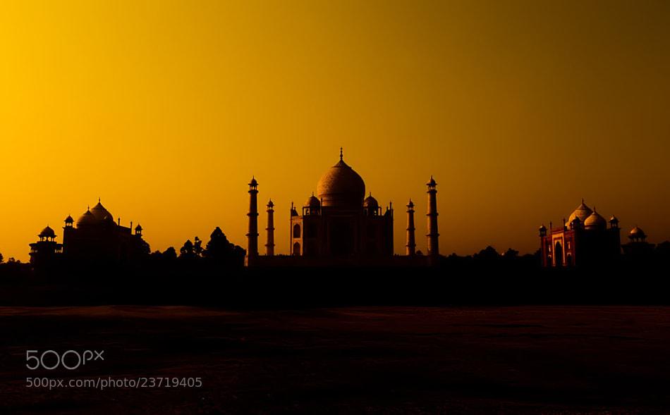Photograph Glorious Taj Mahal by Nitin  Prabhudesai on 500px