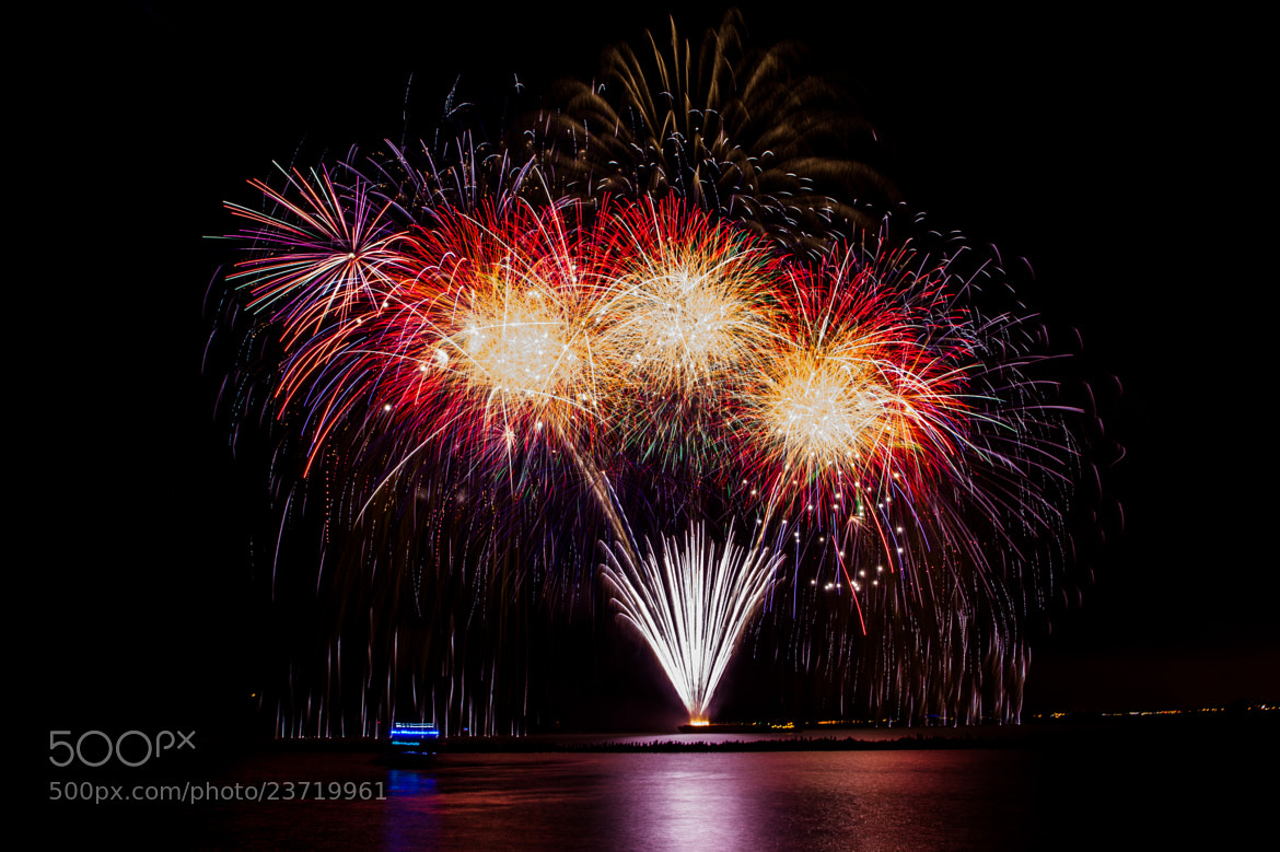 Photograph Firework at Navy Pier #2 by Lucas Liu on 500px