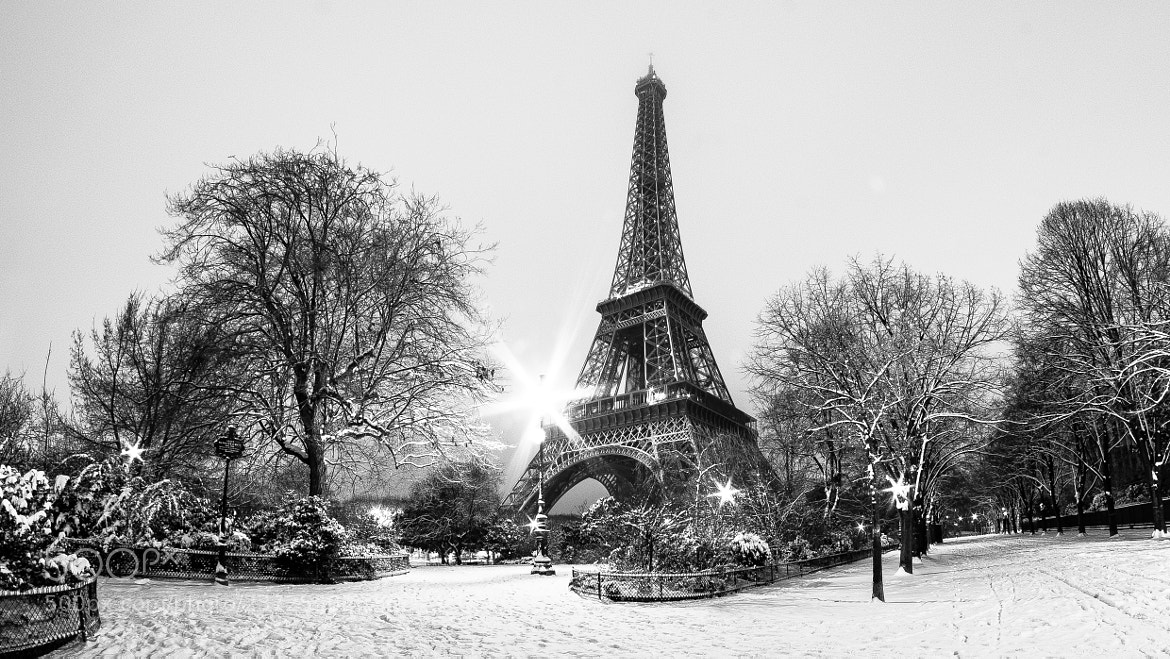 Photograph Paris sous la neige by Jürgen GOLDHORN on 500px