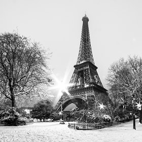 Paris sous la neige by Jürgen GOLDHORN (MKZ-One-Shoot)) on 500px.com