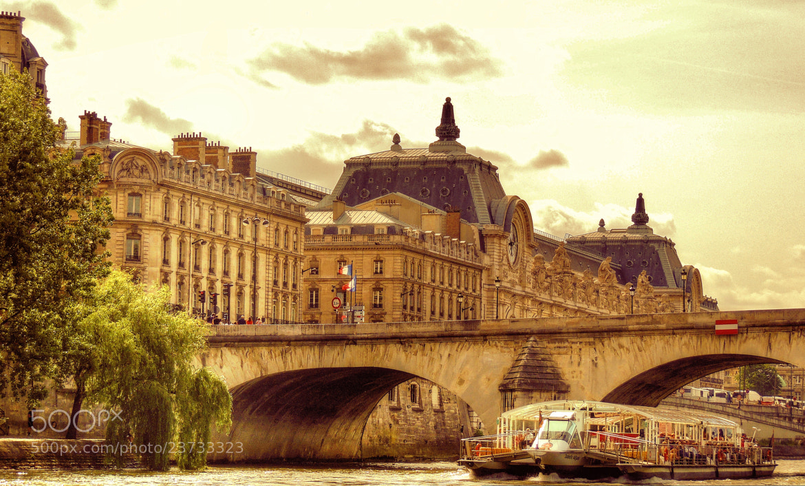 Photograph Musee D'Orsay from the Seine. by Ravi S R on 500px