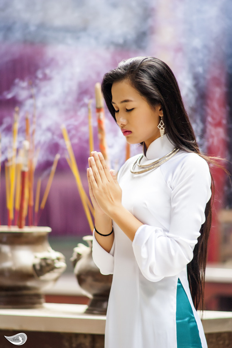 Photograph Pray by Subin Truong on 500px
