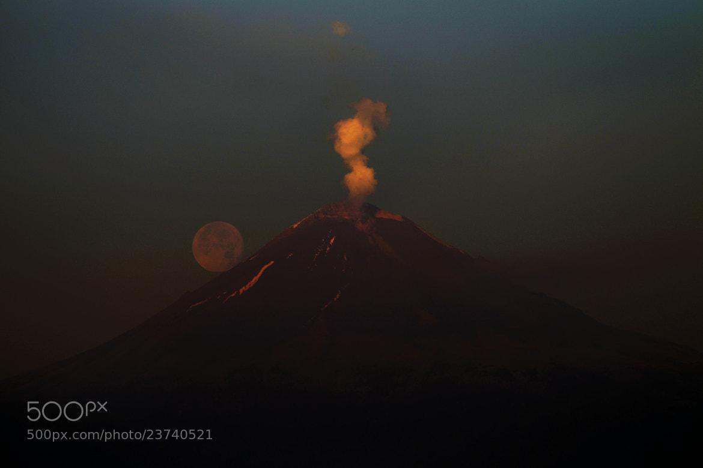 Photograph Popocatepetl with full moon by Cristobal Garciaferro Rubio on 500px