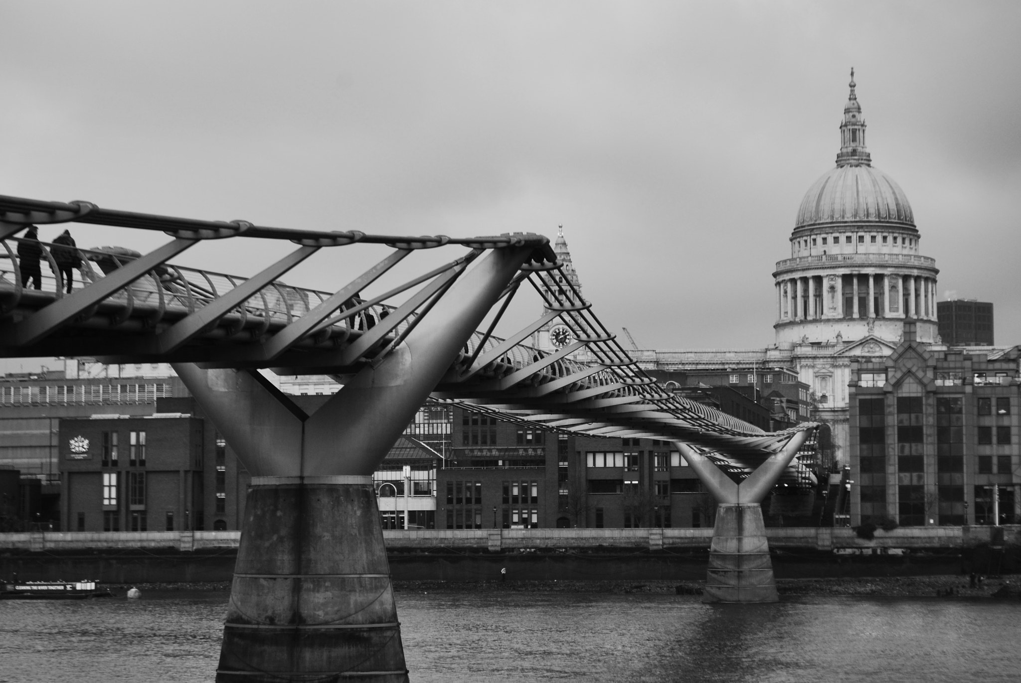 Photograph Millenium bridge by Giulia Barbieri on 500px