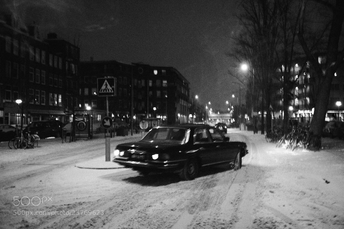 Photograph Car in the snow, Amsterdam by Jip van Kuijk on 500px