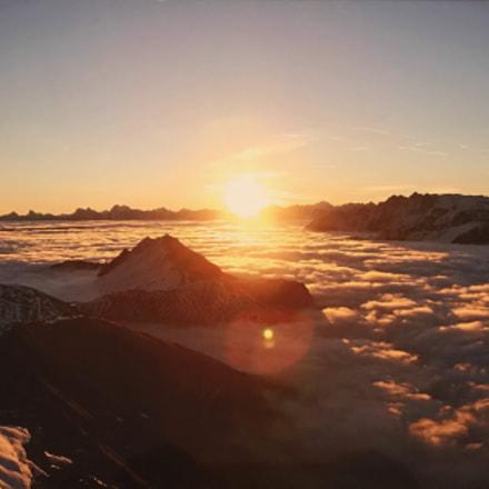 Sunrise of the Mountain