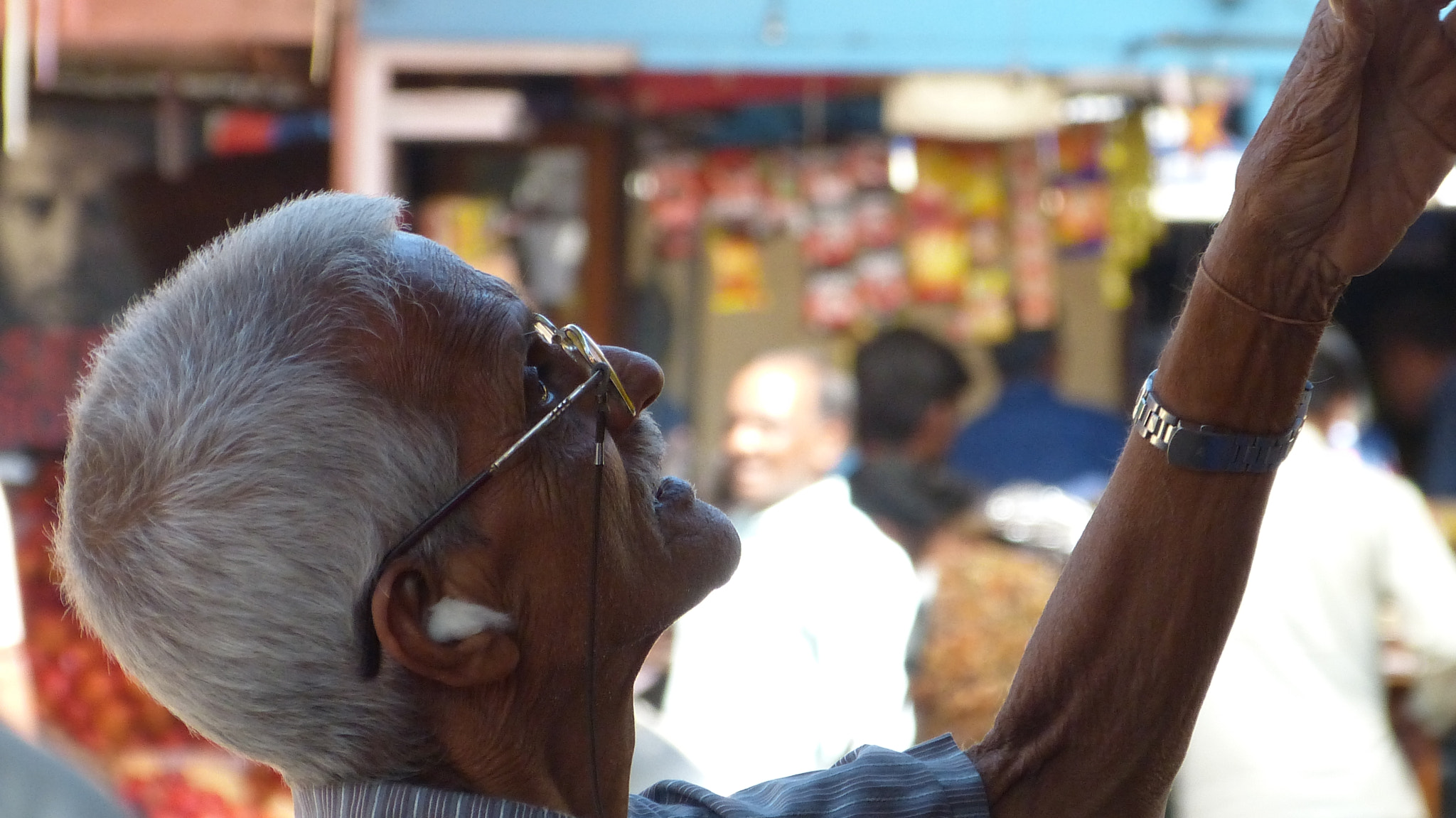 Photograph Mapusa Market - Old Man Working by Ddark  Room on 500px