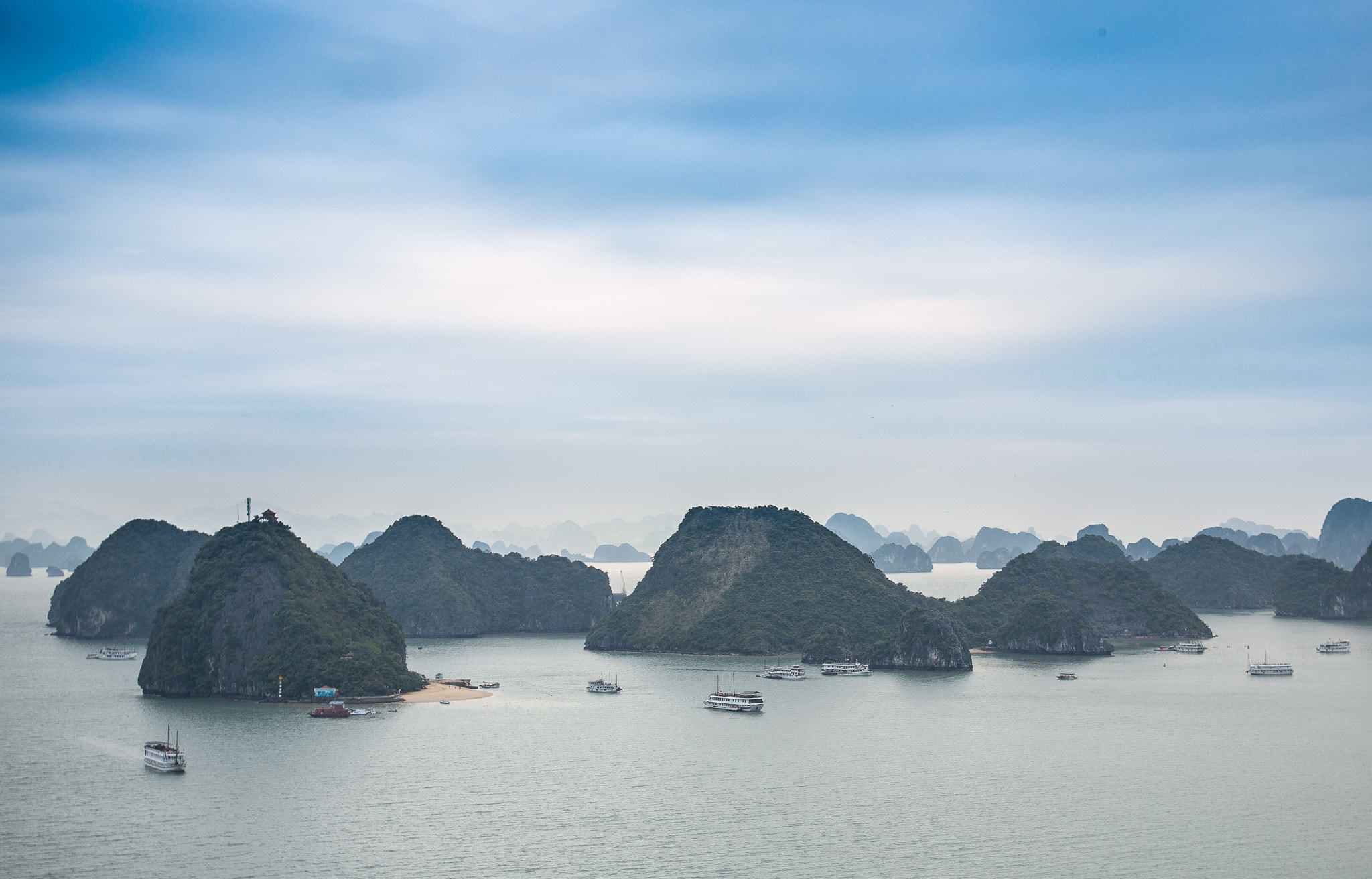 Photograph Ha Long Bay by Aaron Von Hagen on 500px