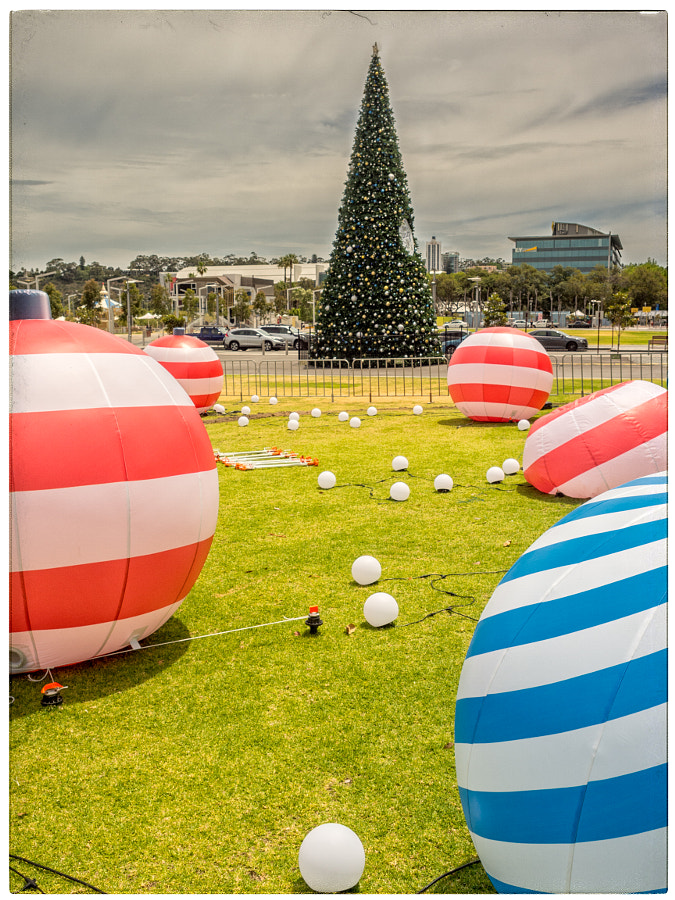 Christmas Decorations by Paul Amyes on 500px.com