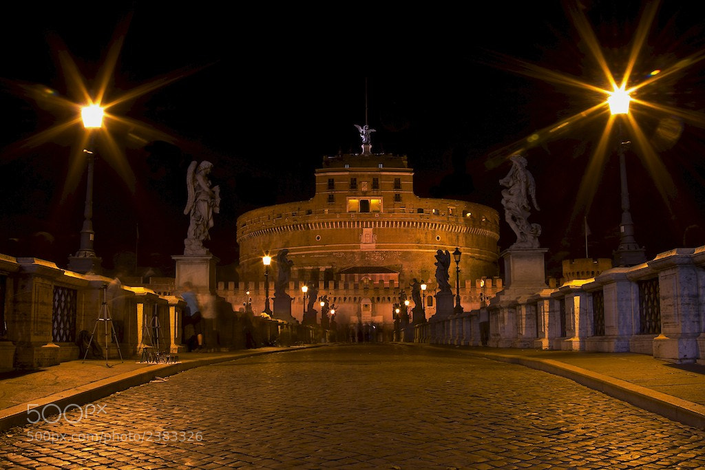 Photograph On the Way of Castel Sant'Angelo by Gianni Cicalese on 500px