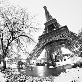Paris sous la neige II by Jürgen GOLDHORN (MKZ-One-Shoot)) on 500px.com