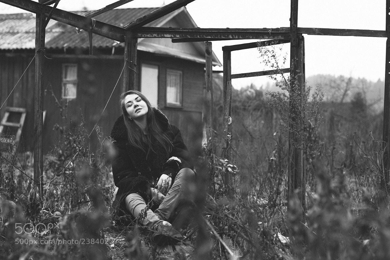 Photograph Untitled by Viktoria VickyOne on 500px