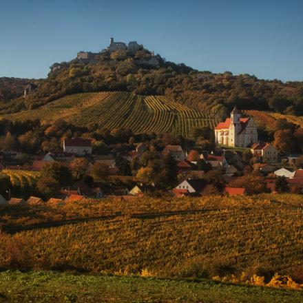 Vineyard Castle