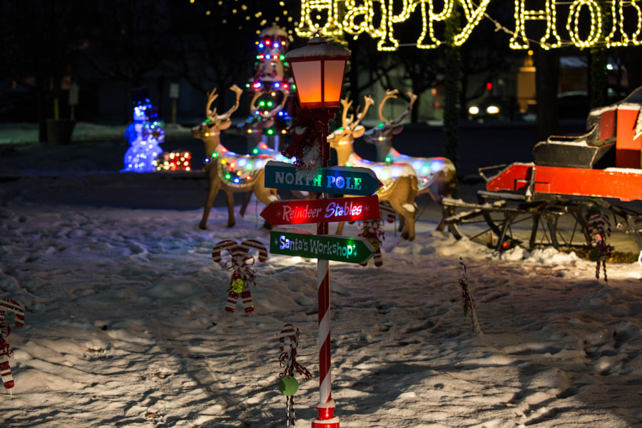 Holiday Display by Mark Becwar on 500px.com