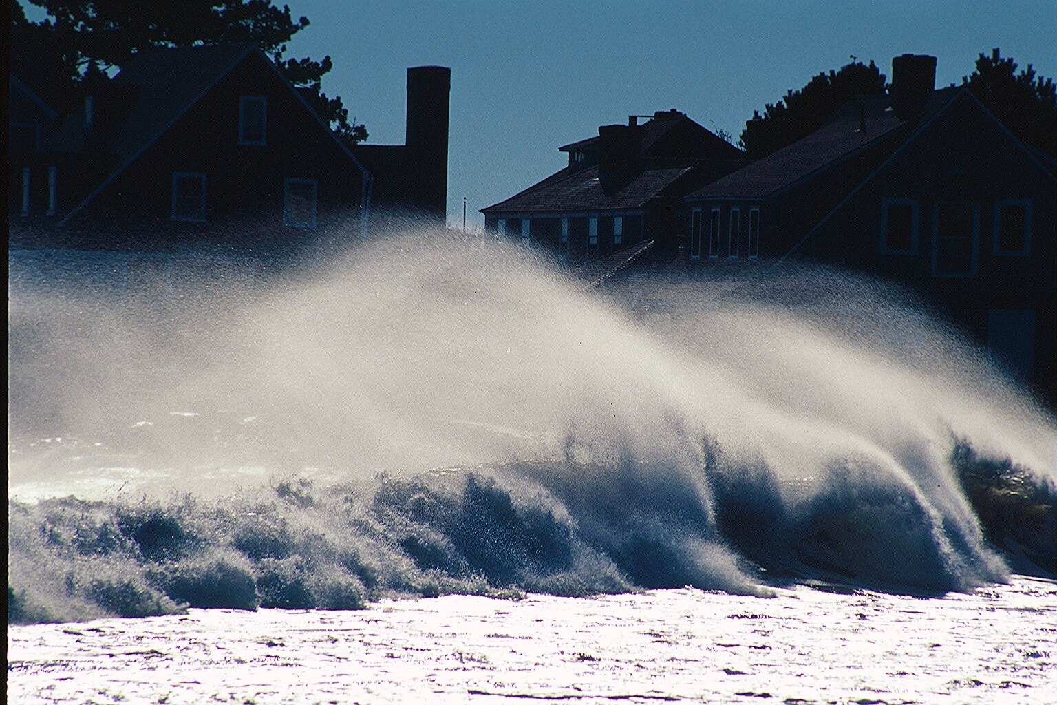 Photograph Wave, Kennebunkport, ME by Ange Salvetti on 500px