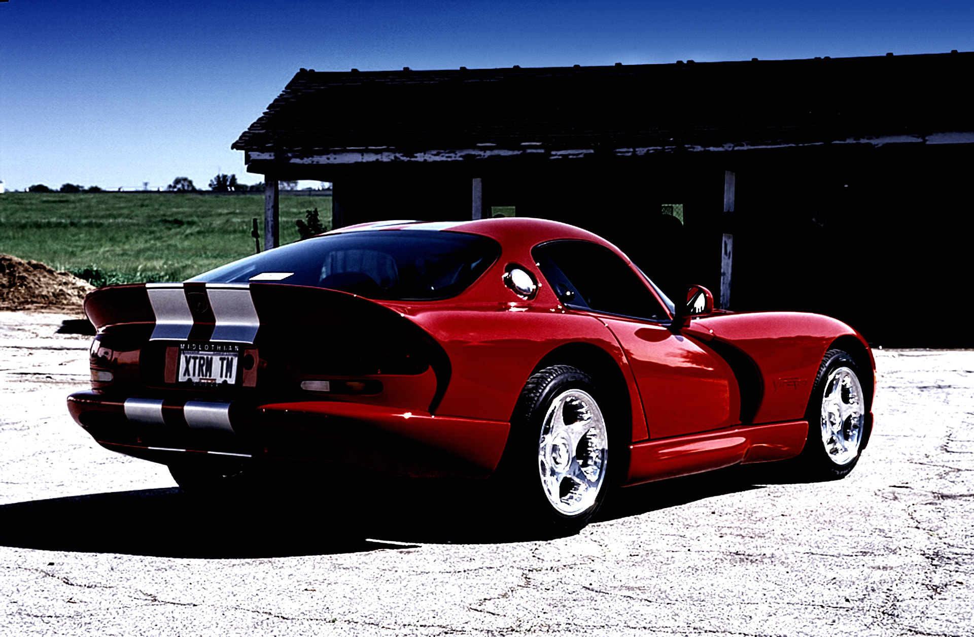 Photograph 1998 Dodge Viper GTS by michael  on 500px