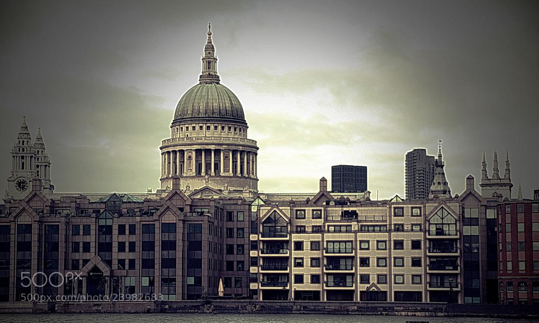 Photograph London by Jarek Stroka on 500px