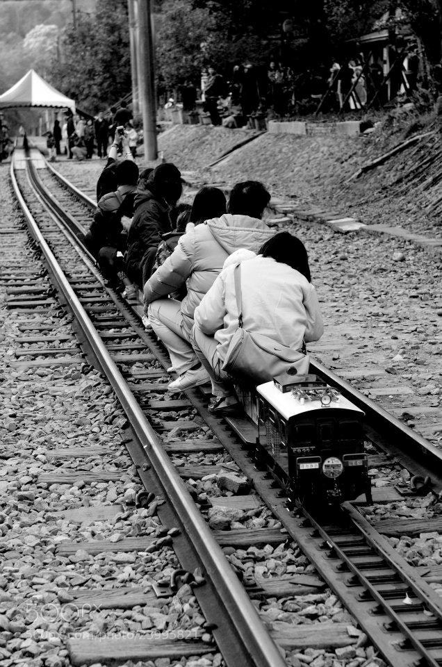 Photograph Mini Train  by 敬昕 涂 on 500px