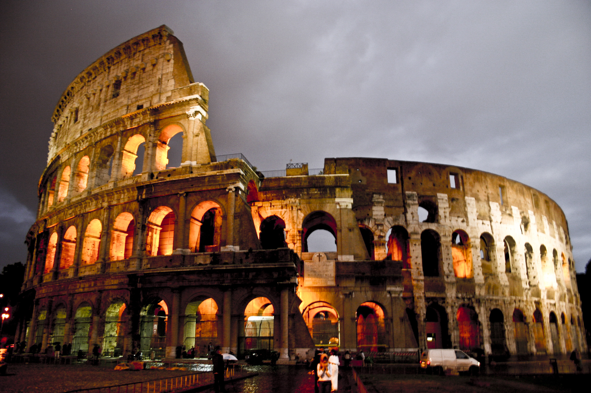 Photograph Coliseum Rome - Night shot by Johnny Smith on 500px