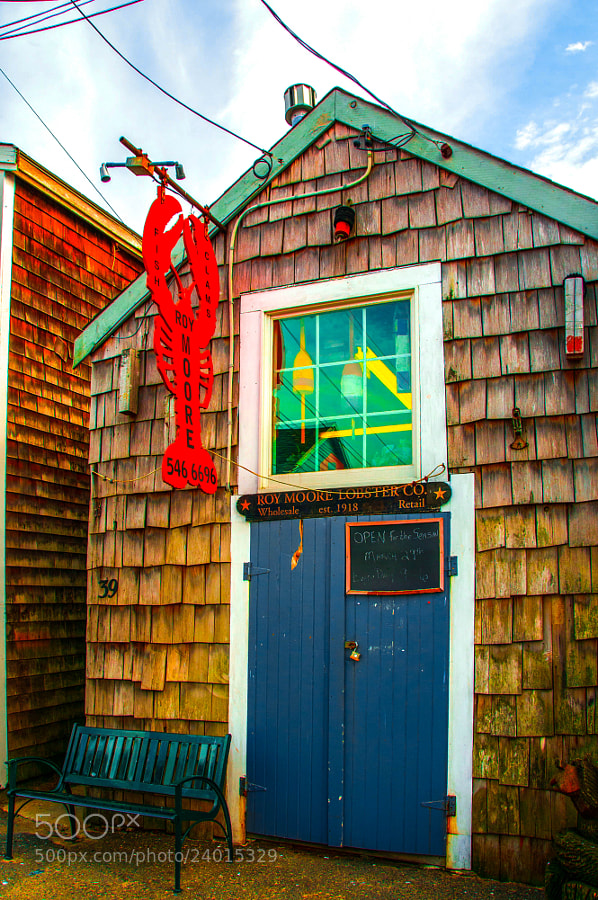 This is the place for enjoying Atlantic ocean lobsters in Rockport of North Massachusetts.