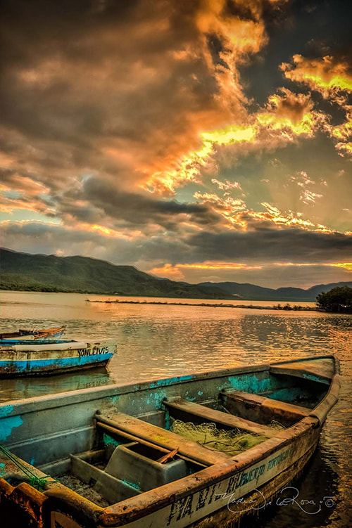 Photograph Only Boats at Caracoles Beach by Nadia  de la Rosa  on 500px