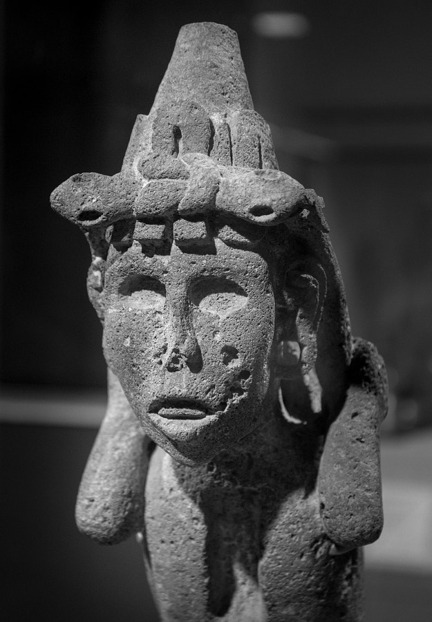 Aztec Statue by Richard Keeling on 500px.com