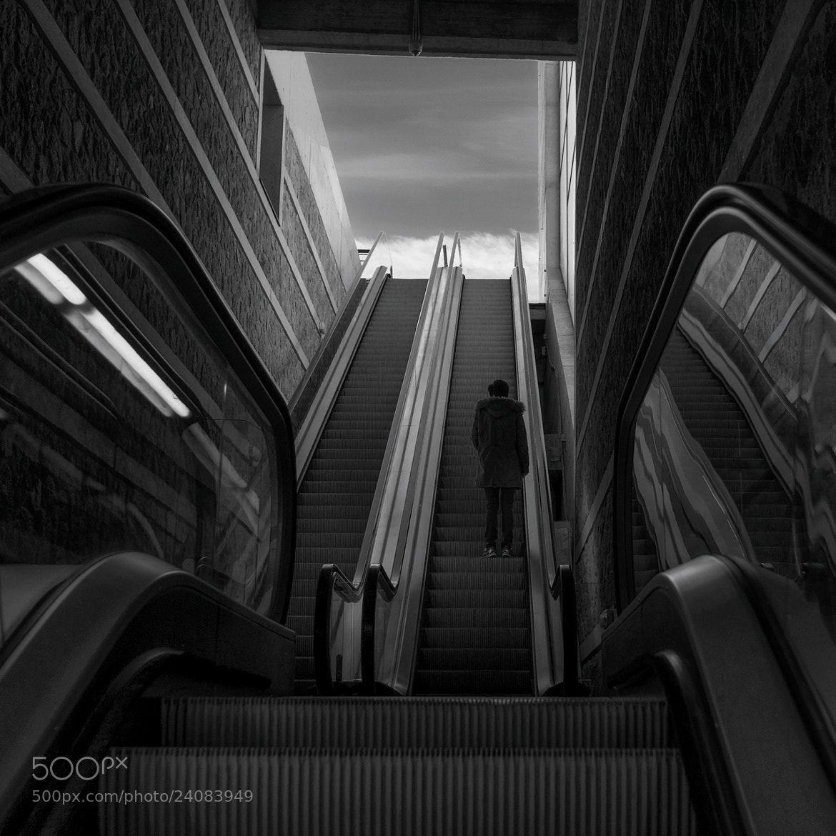 Photograph Escaleras by Fermín Noain on 500px