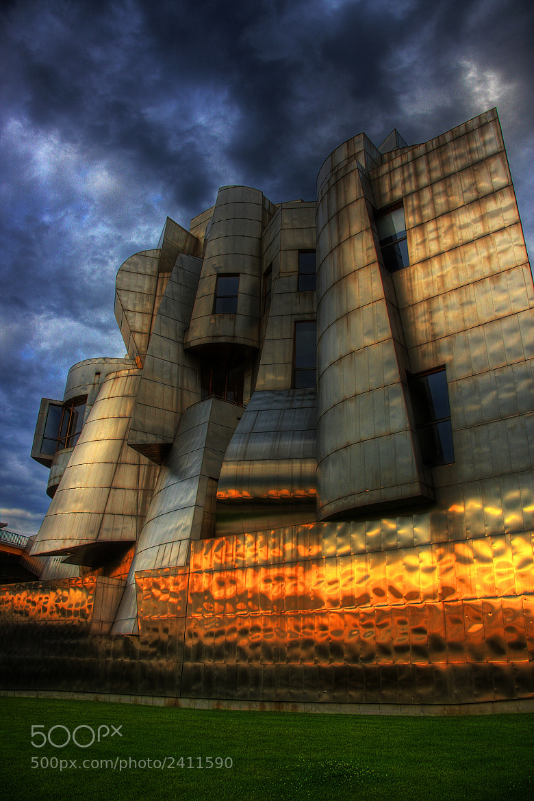 Photograph Frederick R. Weisman Art Museum: University of Minnesota by Wayne Moran on 500px