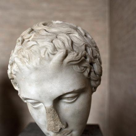 Antique Sculpture in Glyptotheque, Nikon D750, AF Nikkor 20mm f/2.8D