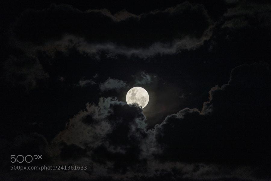 First 2018 Super Moon