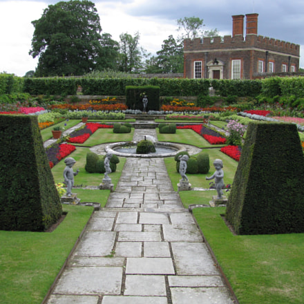 Hampton Court Palace Garden, Canon POWERSHOT SX100 IS