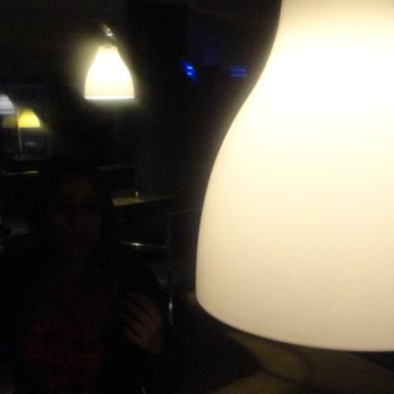 lighting, Sony DSC-W570