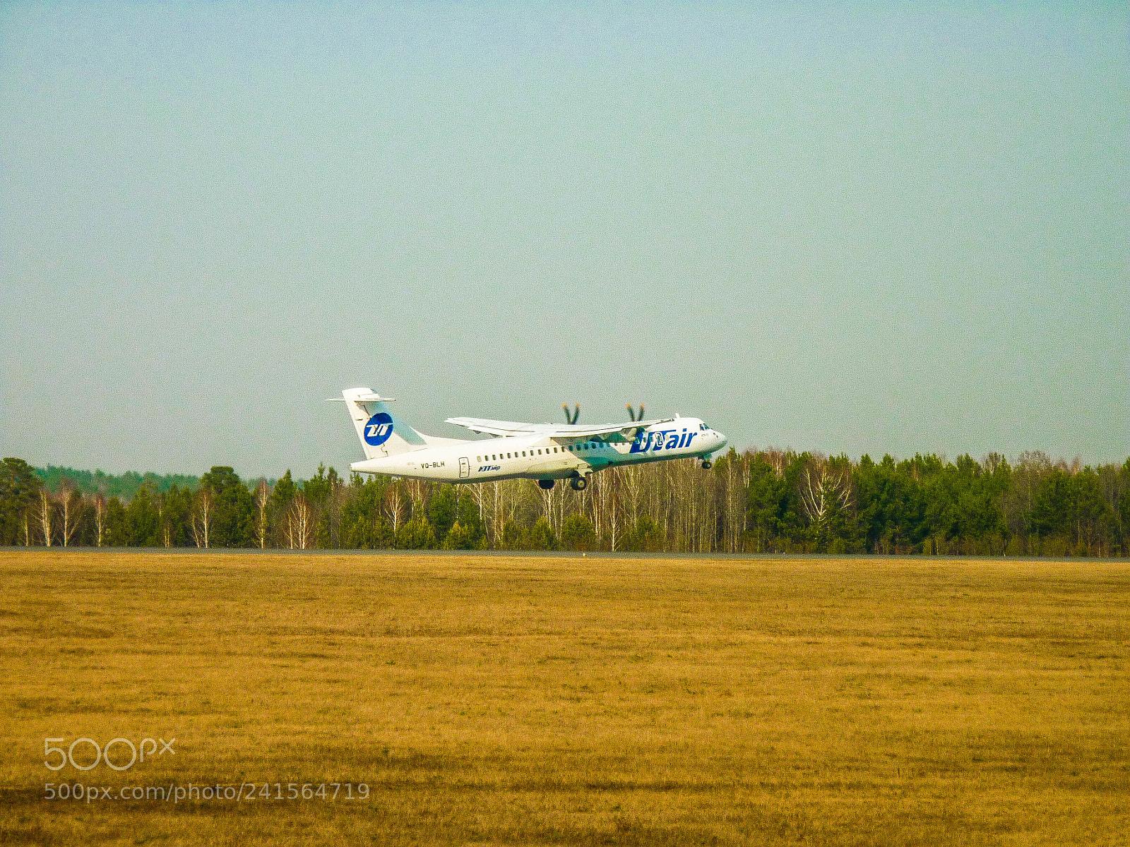 ATR-72 UtAir, Panasonic DMC-FS42