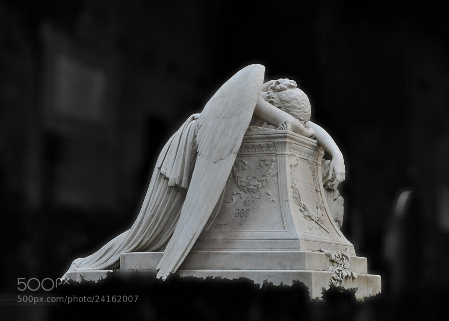 Photograph L'Angelo del Dolore by Maurizio De Angelis on 500px