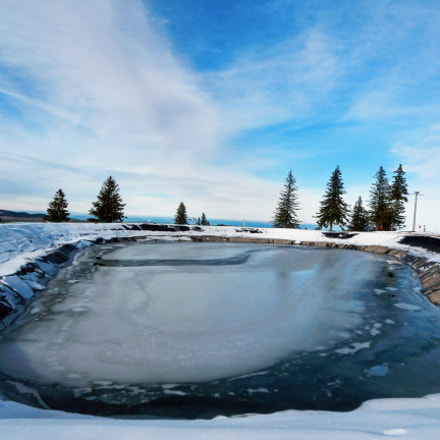 Mountain lake, Nikon COOLPIX S800c