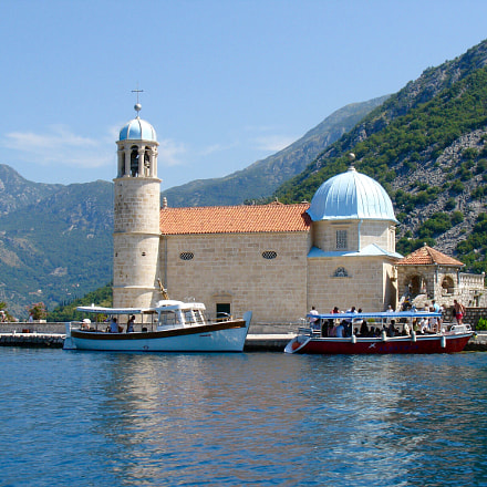 Montenegro Church In Perastkotor, Sony DSC-V3