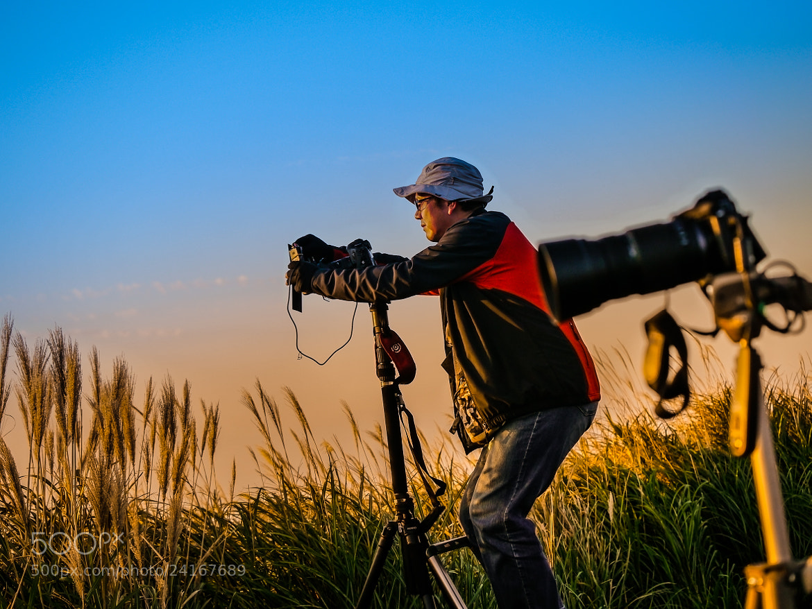 Photograph Photographers. by love leica on 500px