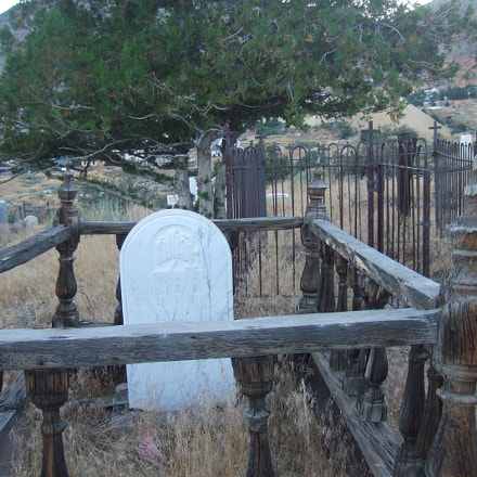 Graveyard Adventures, Fujifilm FinePix F10
