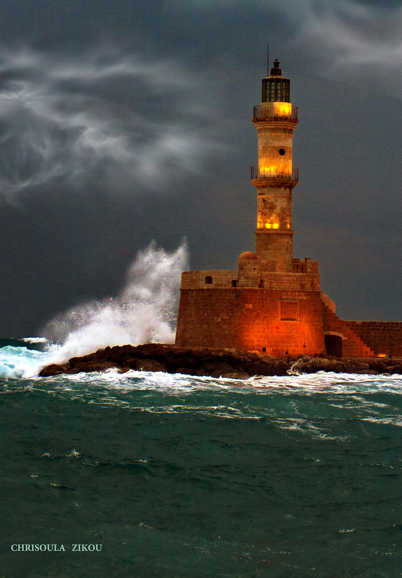Photograph ΦΑΡΟΣ ΧΑΝΙΑ – LIGHTHOUSE CHANIA by Chriss Zikou on 500px
