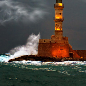ΦΑΡΟΣ ΧΑΝΙΑ – LIGHTHOUSE CHANIA by Chriss Zikou (ChrissZikou)) on 500px.com