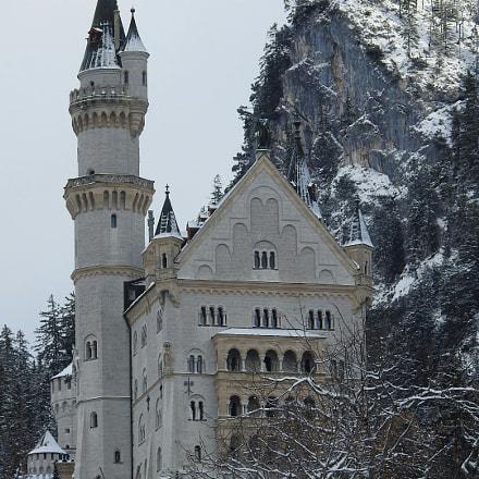 Snow of NEUSCHWANSTEIN CASTLE, Nikon COOLPIX P900s