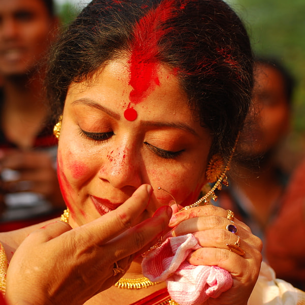 Game of vermillion(Bengali- sindur khela)