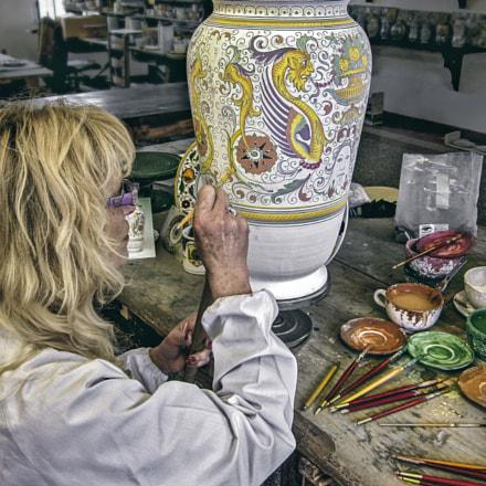 Ceramic Artiist,Deruta,Umbria, Canon POWERSHOT SD1300 IS