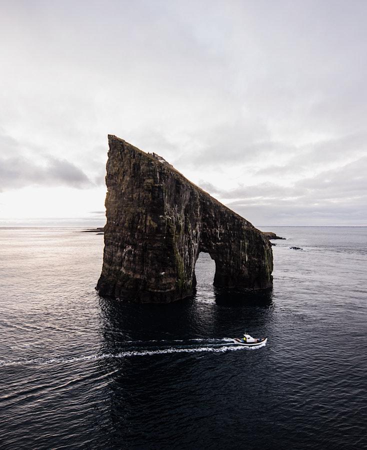 drangarnir. vagar. faroe Islands. Waiting for suns ... by Tanner Wendell Stewart on 500px.com
