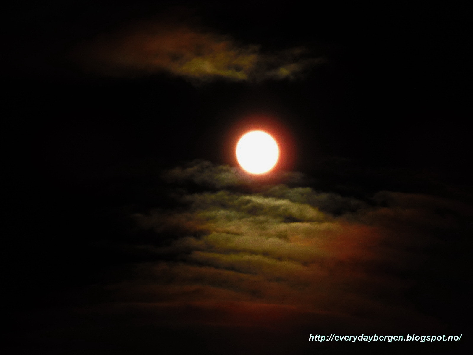 Photograph Full moon today 2 by Inna Cleanbergen on 500px