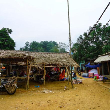 Market Khanh hoa, Yen, Sony DSC-W610