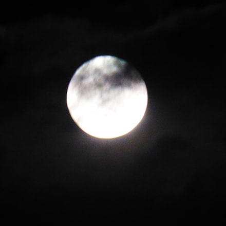 SWIETA SUPPER MOON, Panasonic DMC-ZS30