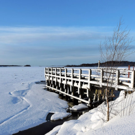 Old ferry pier, Nikon COOLPIX P600