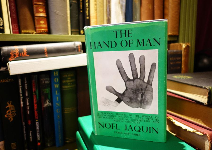 The Atlantis Bookshop, London by Sandra  on 500px.com